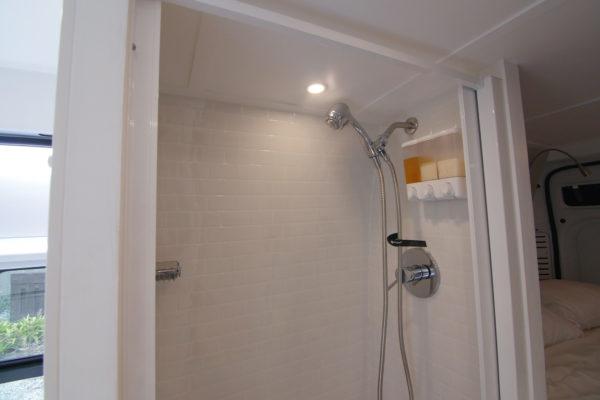 shower-wide
